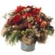 Winterstrauss rot mit Apfel, Zapfen, Alstromeria, Rosen, Koniferen, Tanne und Skimmia