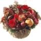 Adventskorb mit Rosen, Granatapfel, Früchten, Zapfen, Tanne und exotischem Beiwerk